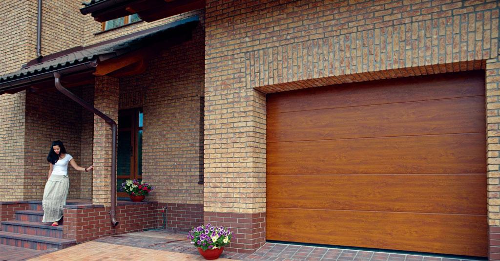Гаражные ворота Алютех Classic